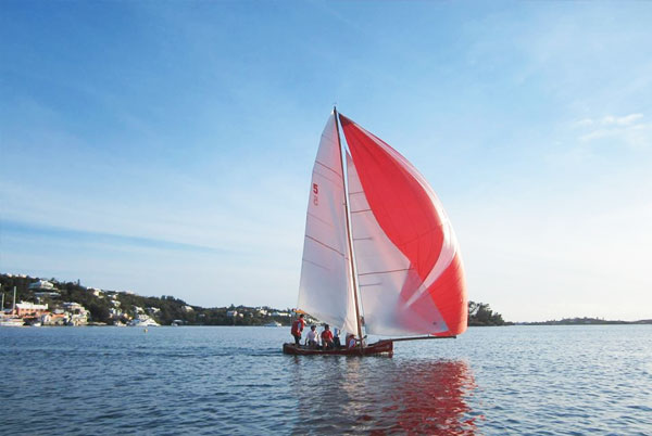 Elizabeth-II---the-fitted-dinghy